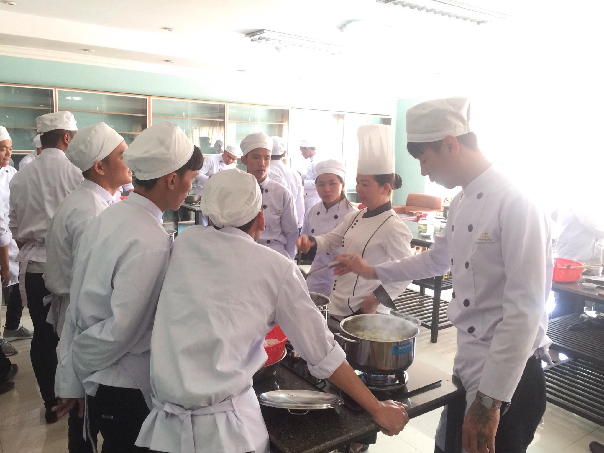 Kết quả hình ảnh cho nghiệp vụ bếp